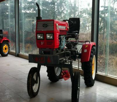 潍坊泰山高地隙四轮拖拉机西瓜棉花打药用前轮离地680mm